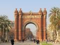 Städtereise Barcelona –  die Sonne scheint bei Tag und Nacht
